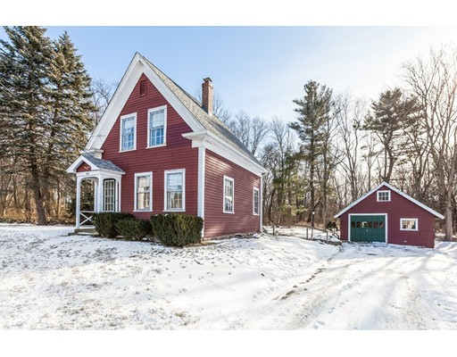 Single Family Home for Sale at 440 West 440 West Braintree, Massachusetts 02184 United States