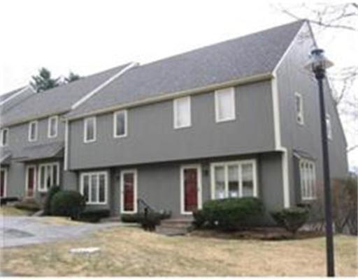 Condominio por un Alquiler en 15 Deer Path #5 15 Deer Path #5 Maynard, Massachusetts 01754 Estados Unidos