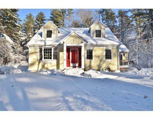 独户住宅 为 销售 在 606 School Street 606 School Street 彭布罗克, 马萨诸塞州 02359 美国