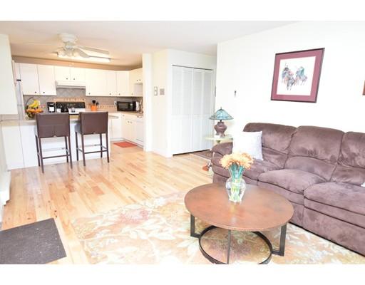 Кондоминиум для того Продажа на 16 Mayberry Drive 16 Mayberry Drive Westborough, Массачусетс 01581 Соединенные Штаты