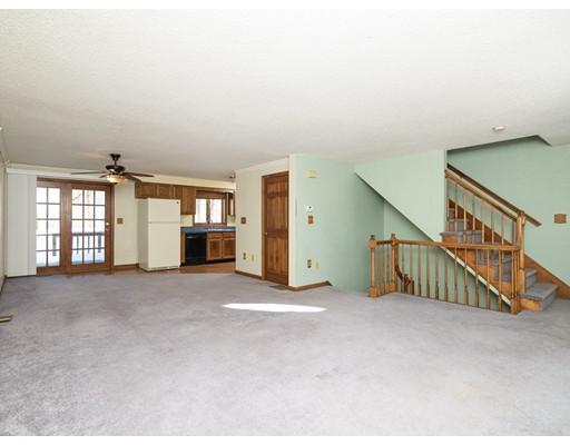 Condominium for Sale at 254 Oxford St N 254 Oxford St N Auburn, Massachusetts 01501 United States