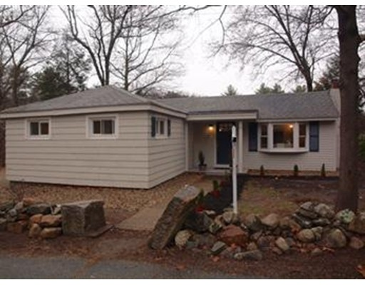 Single Family Home for Rent at 27 Hilldale Ave. #1 27 Hilldale Ave. #1 Middleton, Massachusetts 01949 United States
