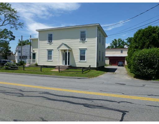 Single Family Home for Rent at 261 Russells Mills Road Dartmouth, 02748 United States