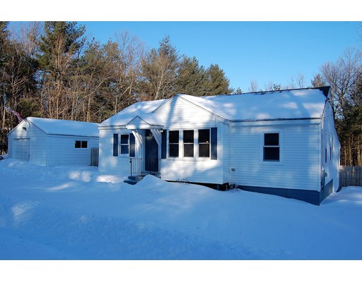 Single Family Home for Sale at 200 Princeton Street 200 Princeton Street Holden, Massachusetts 01522 United States