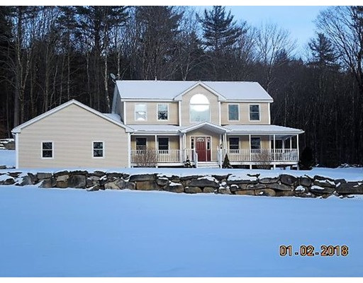 Single Family Home for Sale at 1453 Wade Inn Road 1453 Wade Inn Road Becket, Massachusetts 01223 United States