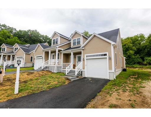 共管式独立产权公寓 为 销售 在 11 Reynolds Farm 西木区, 02090 美国