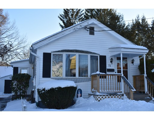 Single Family Home for Sale at 72 Mount Tom Avenue 72 Mount Tom Avenue Easthampton, Massachusetts 01027 United States