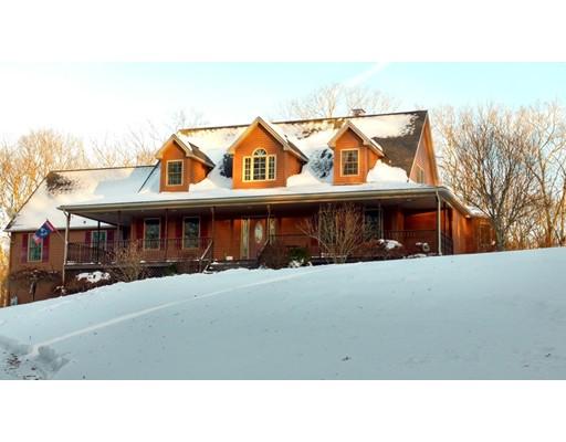 واحد منزل الأسرة للـ Sale في 346 Dudley Southbridge Road 346 Dudley Southbridge Road Dudley, Massachusetts 01571 United States