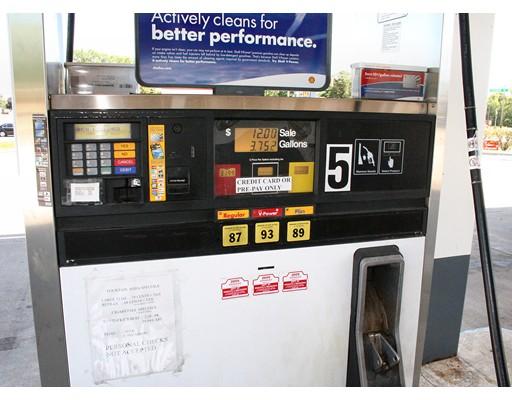Comercial para Venda às 999 Confidential Street 999 Confidential Street Leominster, Massachusetts 01453 Estados Unidos