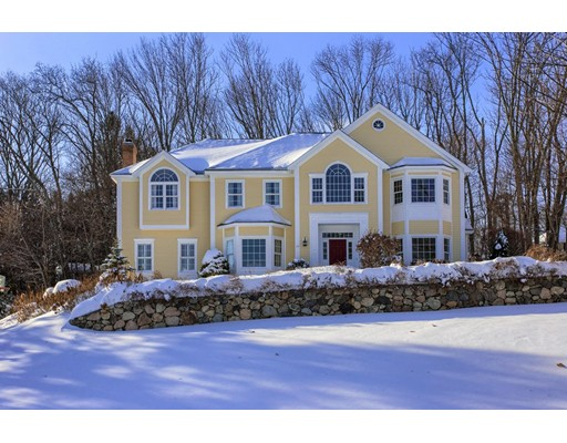 واحد منزل الأسرة للـ Sale في 19 Kara Drive 19 Kara Drive North Andover, Massachusetts 01845 United States
