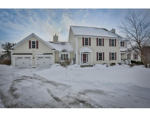 Condominium for Sale at 27 Southwoods Road 27 Southwoods Road Chester, New Hampshire 03036 United States