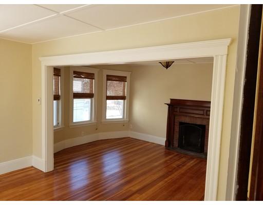 独户住宅 为 出租 在 29 Baker Avenue 贝弗利, 01915 美国