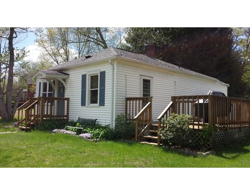 Single Family Home for Sale at 84 Old Turnpike 84 Old Turnpike Thompson, Connecticut 06277 United States