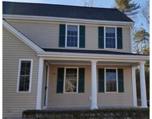 Condominio por un Alquiler en 13 Anacki Ln #13 13 Anacki Ln #13 Bridgewater, Massachusetts 02324 Estados Unidos