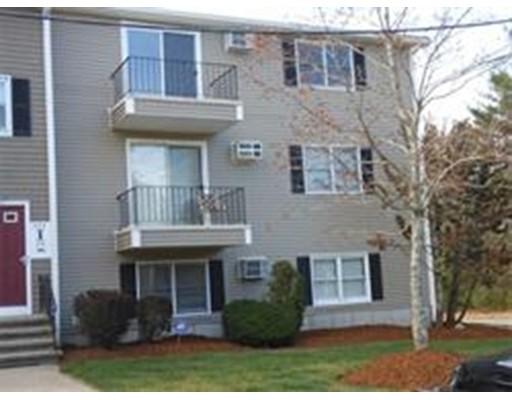 独户住宅 为 出租 在 1573 Braley Road New Bedford, 马萨诸塞州 02745 美国