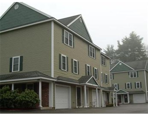 Condominio por un Alquiler en 184 W Main St #A3 184 W Main St #A3 Ayer, Massachusetts 01432 Estados Unidos