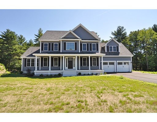 Single Family Home for Sale at 22 Robbins Farm Lane 22 Robbins Farm Lane Dunstable, Massachusetts 01827 United States