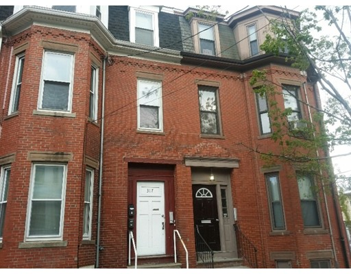 Single Family Home for Rent at 317 Spruce Street Chelsea, 02150 United States
