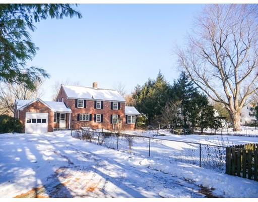 Casa Unifamiliar por un Alquiler en 515 Mill Street #0 515 Mill Street #0 Agawam, Massachusetts 01030 Estados Unidos