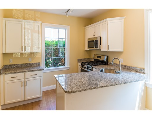 Casa unifamiliar adosada (Townhouse) por un Alquiler en 55 Federal St. #3 55 Federal St. #3 Salem, Massachusetts 01970 Estados Unidos