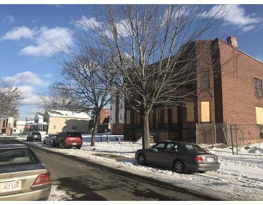 多户住宅 为 销售 在 120 Walnut Street 120 Walnut Street Holyoke, 马萨诸塞州 01040 美国