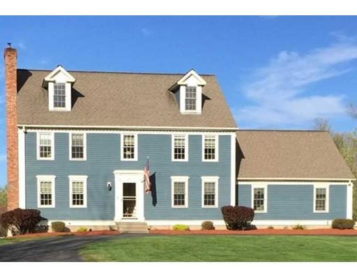 独户住宅 为 销售 在 370 Highland Street 370 Highland Street Lunenburg, 马萨诸塞州 01462 美国