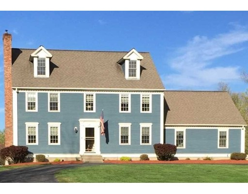 Частный односемейный дом для того Продажа на 370 Highland Street 370 Highland Street Lunenburg, Массачусетс 01462 Соединенные Штаты