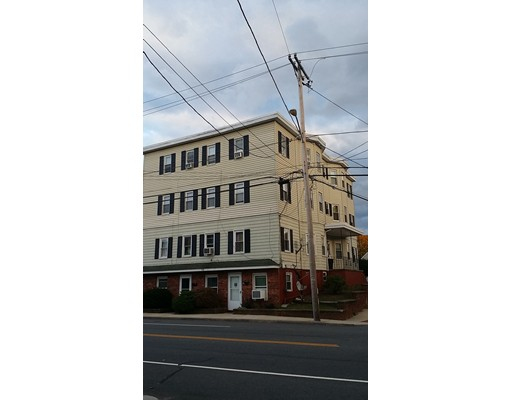 Single Family Home for Rent at 512 South Main Street 512 South Main Street Attleboro, Massachusetts 02703 United States