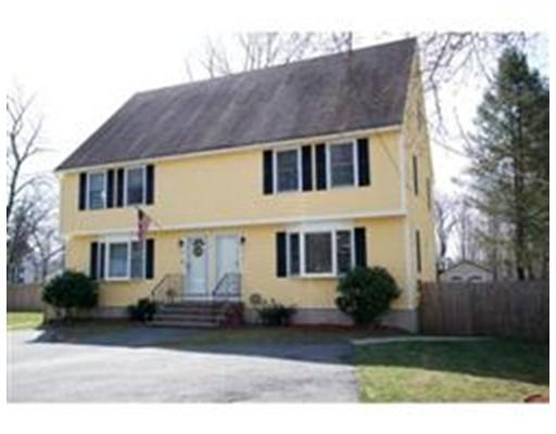 Condominio por un Venta en 2 Prince Street 2 Prince Street Danvers, Massachusetts 01923 Estados Unidos