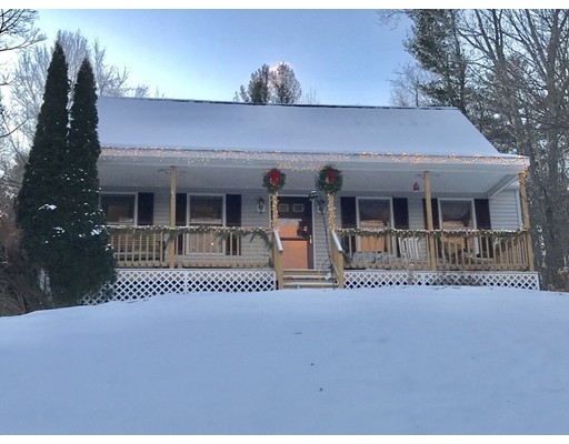 Single Family Home for Sale at 7 NEW BRAINTREE ROAD 7 NEW BRAINTREE ROAD North Brookfield, Massachusetts 01535 United States