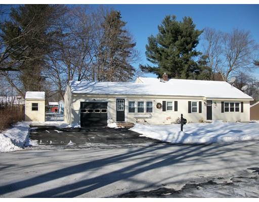 Casa Unifamiliar por un Venta en 36 Maille Avenue 36 Maille Avenue Dracut, Massachusetts 01824 Estados Unidos