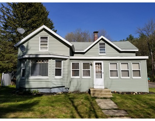 Single Family Home for Sale at 93 Woodlawn Street Winchendon, 01475 United States