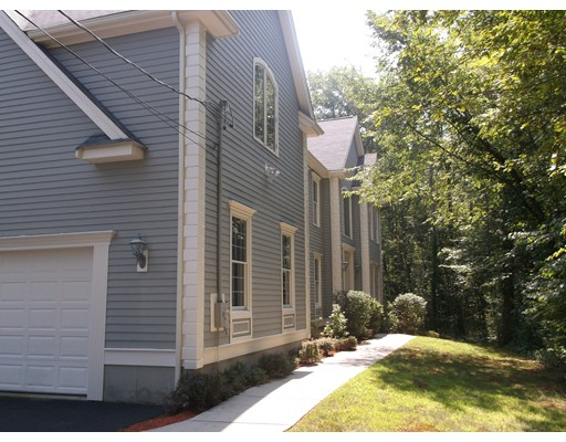 Single Family Home for Rent at 27 KINGSLEY STREET 27 KINGSLEY STREET Holbrook, Massachusetts 02343 United States