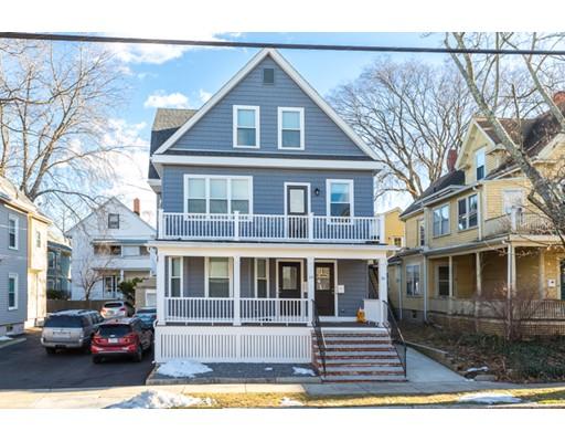 Многосемейный дом для того Продажа на 14 Harris Road 14 Harris Road Medford, Массачусетс 02155 Соединенные Штаты