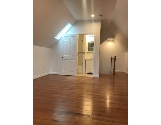 独户住宅 为 出租 在 64 Holbrook Avenue Braintree, 02184 美国