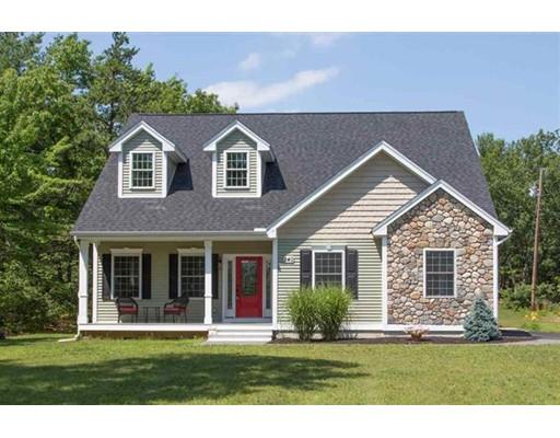 Maison unifamiliale pour l Vente à 240 Karatzas Avenue 240 Karatzas Avenue Manchester, New Hampshire 03104 États-Unis