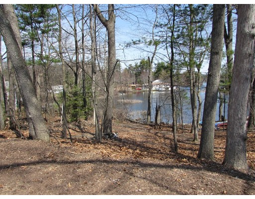89 Pequot Point Road, Westfield, MA, 01085