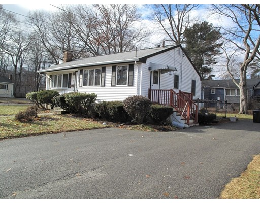 Single Family Home for Sale at 33 Thayer Circle 33 Thayer Circle Randolph, Massachusetts 02368 United States