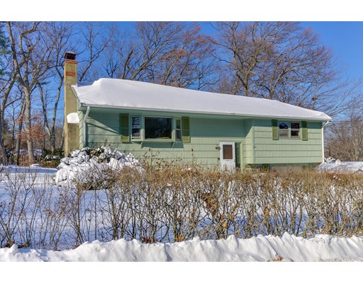 Single Family Home for Sale at 25 Pathwood Avenue 25 Pathwood Avenue Burlington, Massachusetts 01803 United States