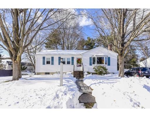Casa Unifamiliar por un Venta en 60 Woodland Road Norwood, Massachusetts 02062 Estados Unidos
