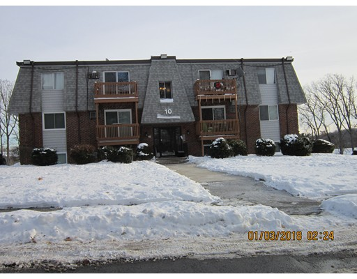 Condominio por un Venta en 10 Hazelwood Avenue 10 Hazelwood Avenue Dracut, Massachusetts 01826 Estados Unidos