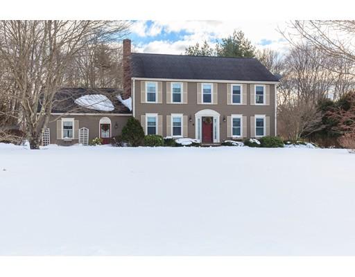 独户住宅 为 销售 在 10 Conrod Court Mansfield, 马萨诸塞州 02048 美国