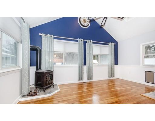 Casa Unifamiliar por un Venta en 6 Butler Avenue 6 Butler Avenue Wakefield, Massachusetts 01880 Estados Unidos