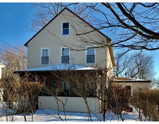 Single Family Home for Sale at 417 Lincoln Street 417 Lincoln Street Franklin, Massachusetts 02038 United States