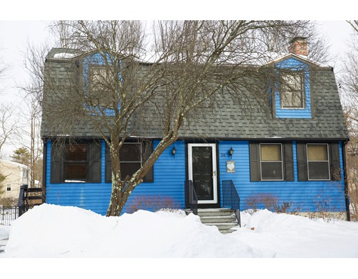Single Family Home for Sale at 20 Marthas Way 20 Marthas Way Franklin, Massachusetts 02038 United States