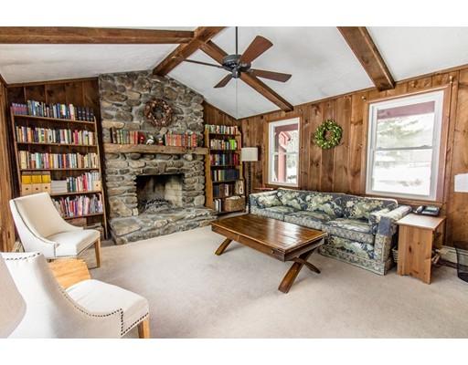 Частный односемейный дом для того Продажа на 62 Hickory Drive 62 Hickory Drive Princeton, Массачусетс 01541 Соединенные Штаты