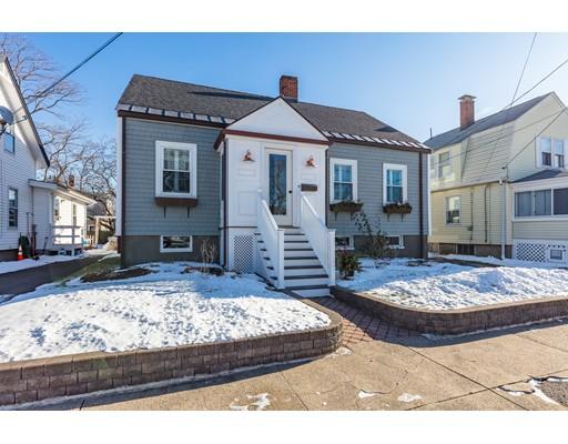 独户住宅 为 销售 在 1068 SHIRLEY STREET 1068 SHIRLEY STREET 温思罗普, 马萨诸塞州 02152 美国