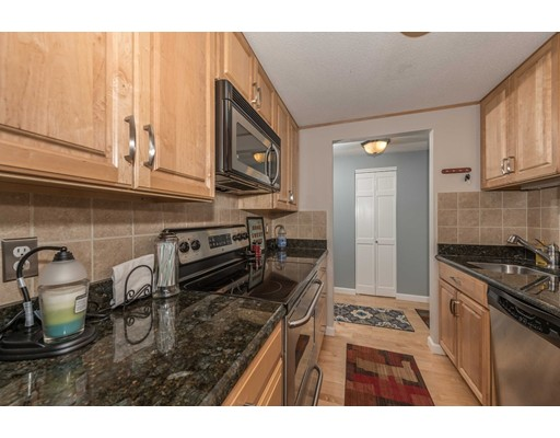 Condominium for Sale at 220 Bedford Street 220 Bedford Street Bridgewater, Massachusetts 02324 United States