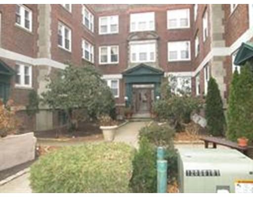 独户住宅 为 出租 在 15 Ives Street 贝弗利, 01915 美国