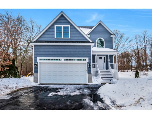 Single Family Home for Sale at 319 Ash Street 319 Ash Street Reading, Massachusetts 01867 United States